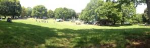 公園内のピクニック広場